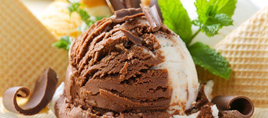 מתכון לגלידת שוקולד חלקה מהירה – במכונת Unold